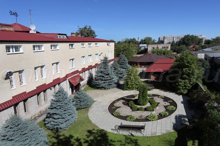 Вечный Странник, гостиница